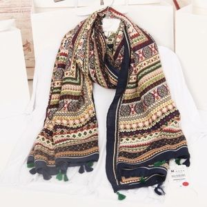 Accessories - Bohemian shawl with tasseled edging